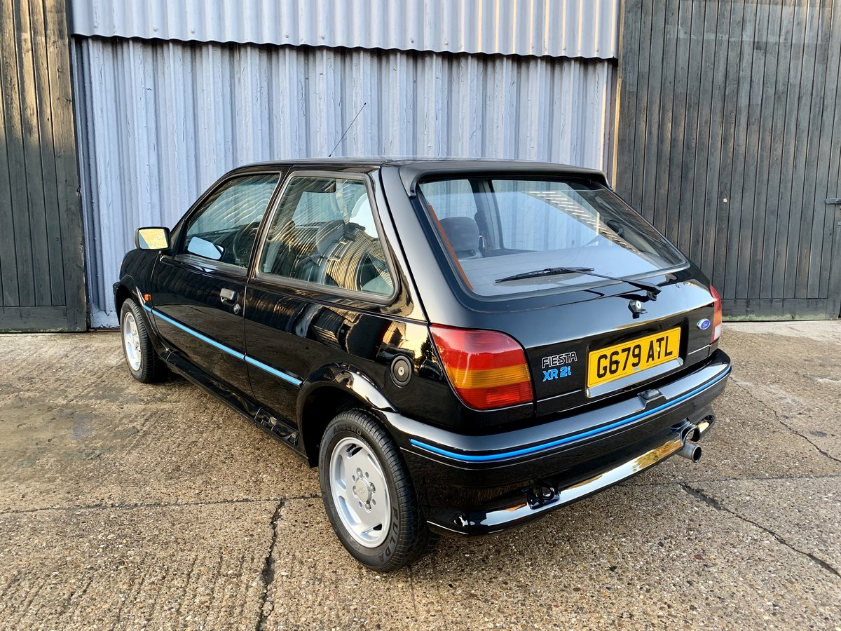 1990 Stunning Ford Fiesta Xr2i LHD Low owners/miles  SOLD (picture 4 of 6)