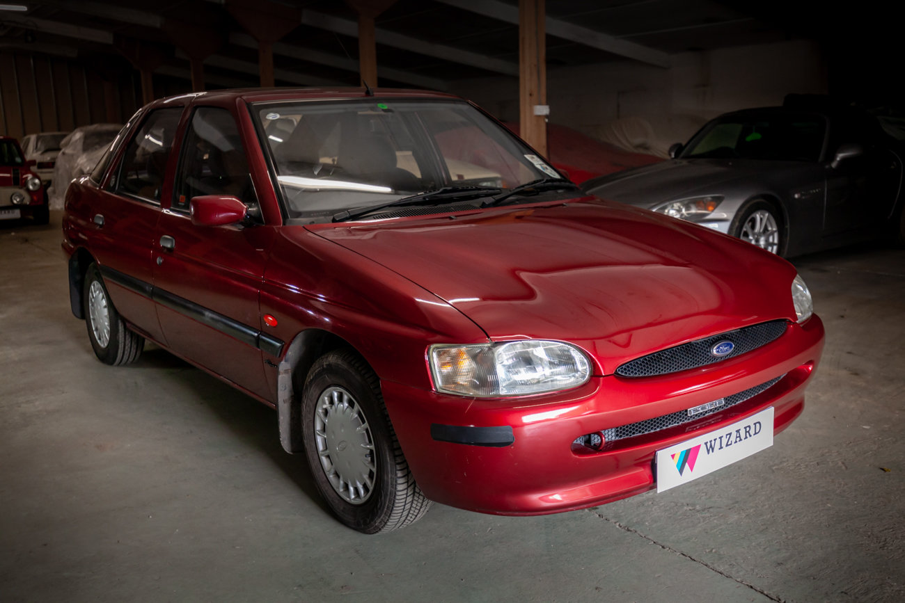 1997 Ford Escort 1.6 MkVI 'Flight' Limited Edition For Sale (picture 1 of 15)