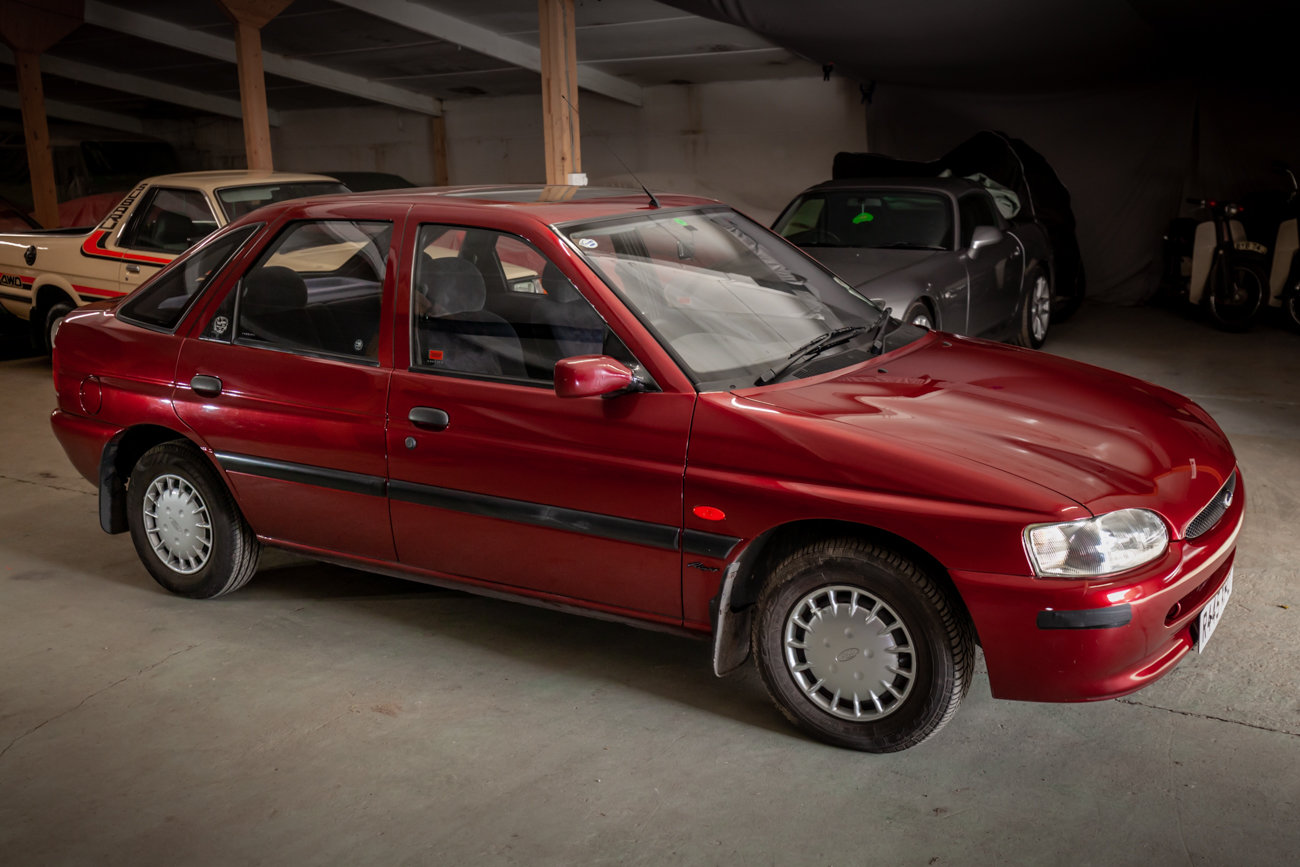 1997 Ford Escort 1.6 MkVI 'Flight' Limited Edition For Sale (picture 3 of 15)
