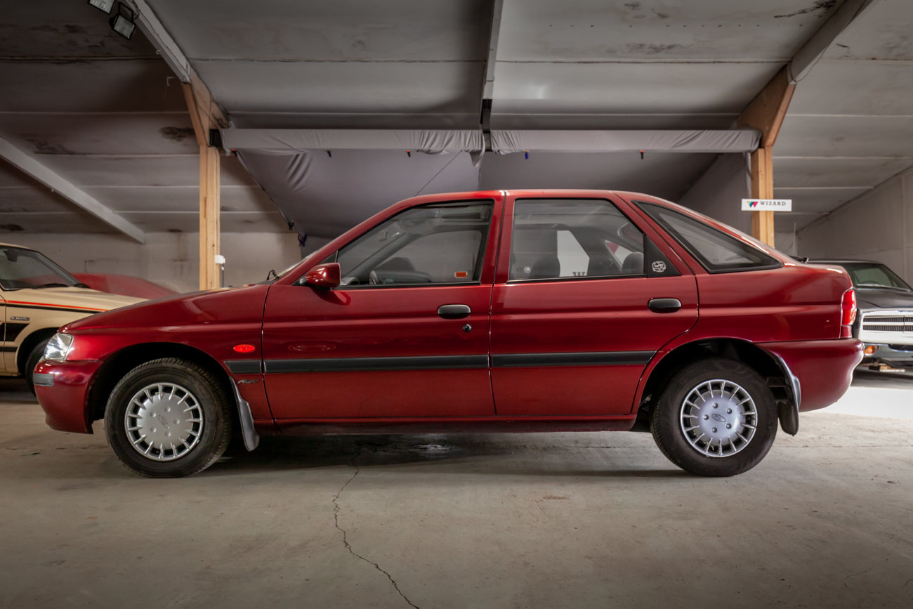 1997 Ford Escort 1.6 MkVI 'Flight' Limited Edition For Sale (picture 6 of 15)