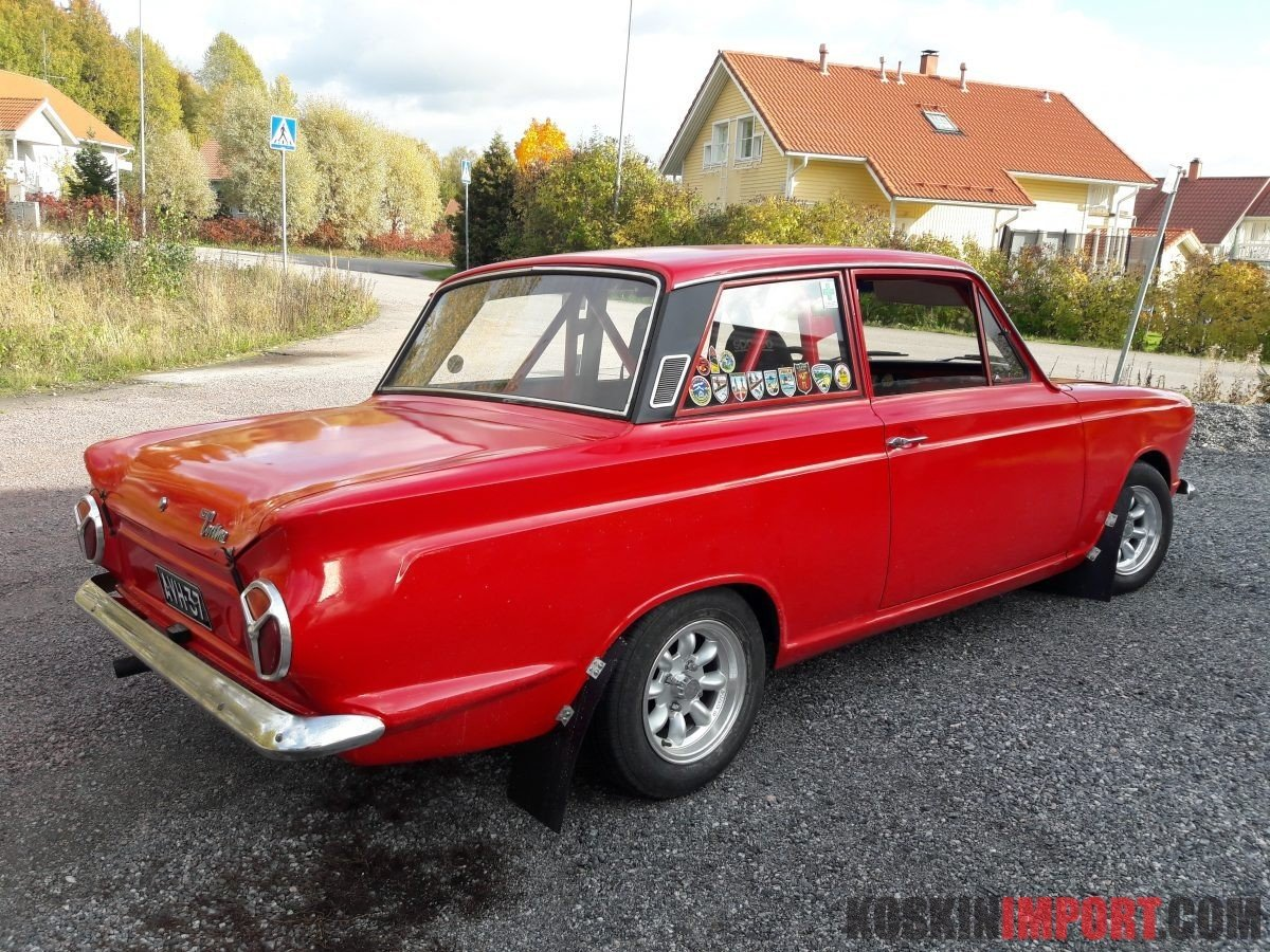 1965 Ford Cortina GT replica, group 1 For Sale (picture 3 of 5)
