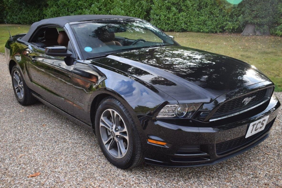 2013 Ford Mustang Convertible 305bhp Automatic For Sale (picture 1 of 6)