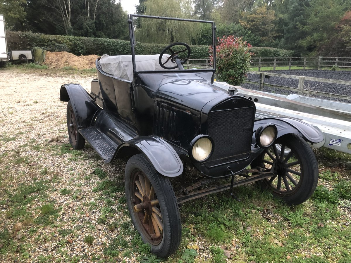 1925 Vintage Ford Model T Roadster 2 Seat Restoration Project For Sale (picture 1 of 4)