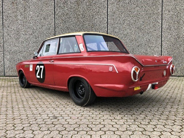 1965 Ford Cortina 1500GT MK1 FIA Racecar For Sale (picture 2 of 6)