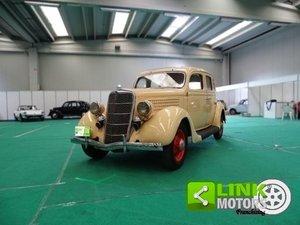 Ford V 8 Sedan 1935 mercato USA