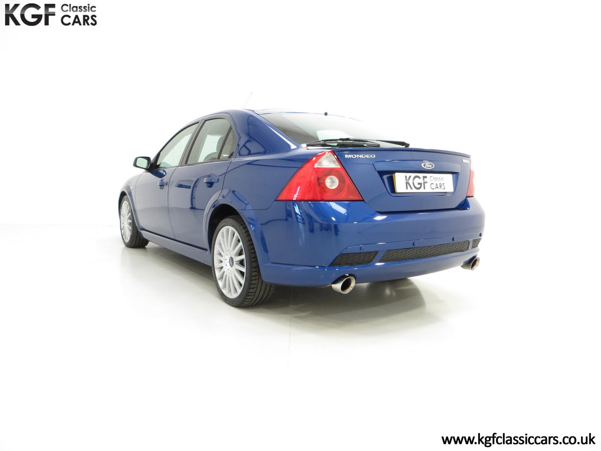2004 An Enthusiasts Ford Mondeo ST220 with just 37,212 Miles For Sale (picture 4 of 6)