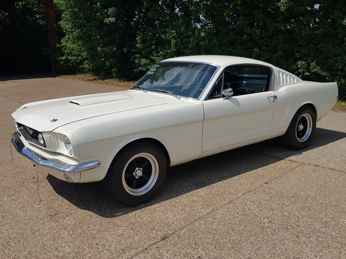1965 Ford Mustang Fastback V8 AOD transmission  For Sale (picture 1 of 6)