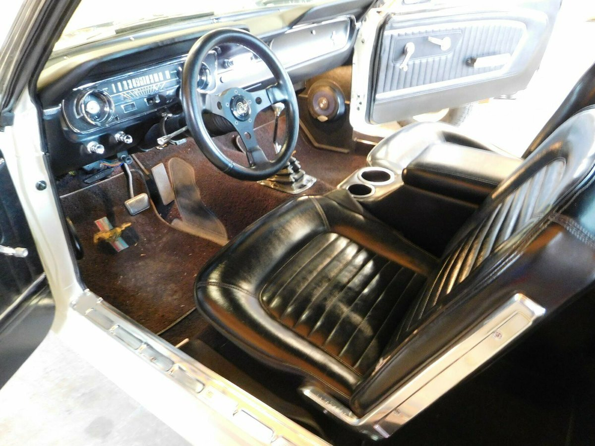 1965 Ford Mustang Fastback V8 AOD transmission  For Sale (picture 6 of 6)