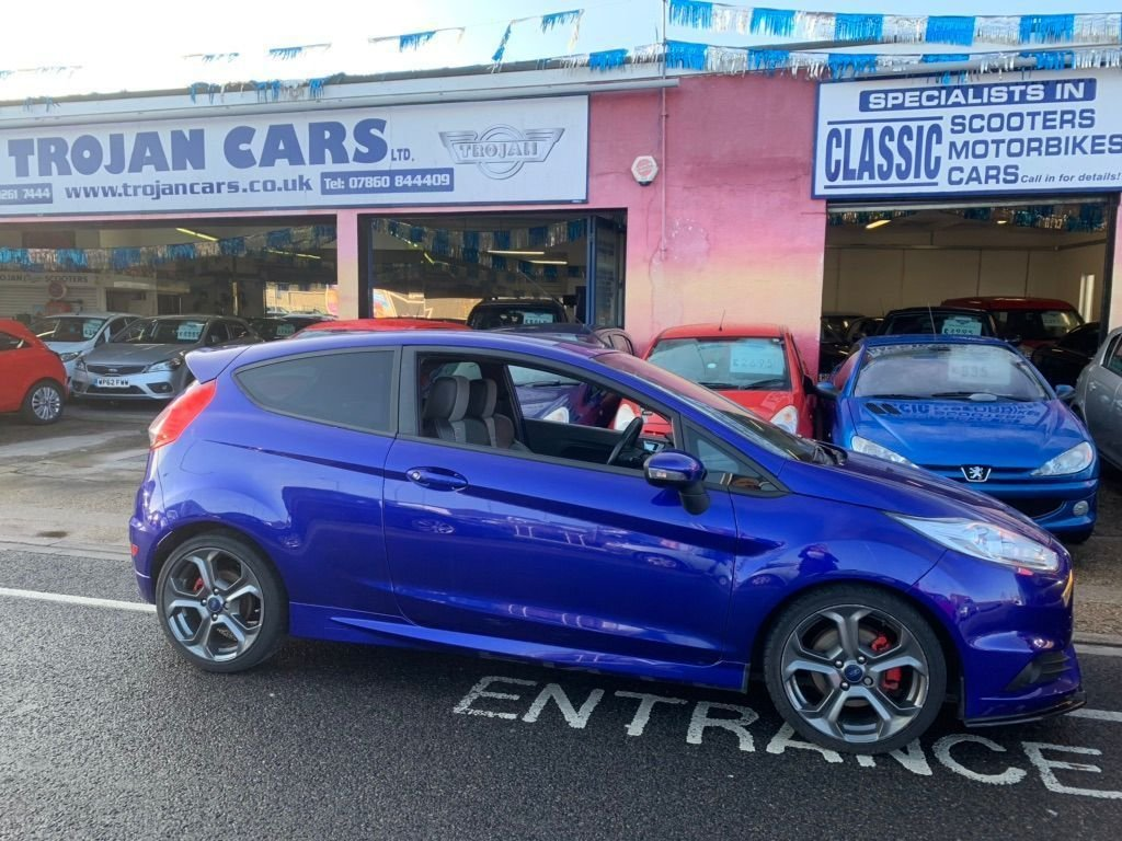 2015 Ford Fiesta ST 1.6 Ecoboost For Sale (picture 4 of 6)