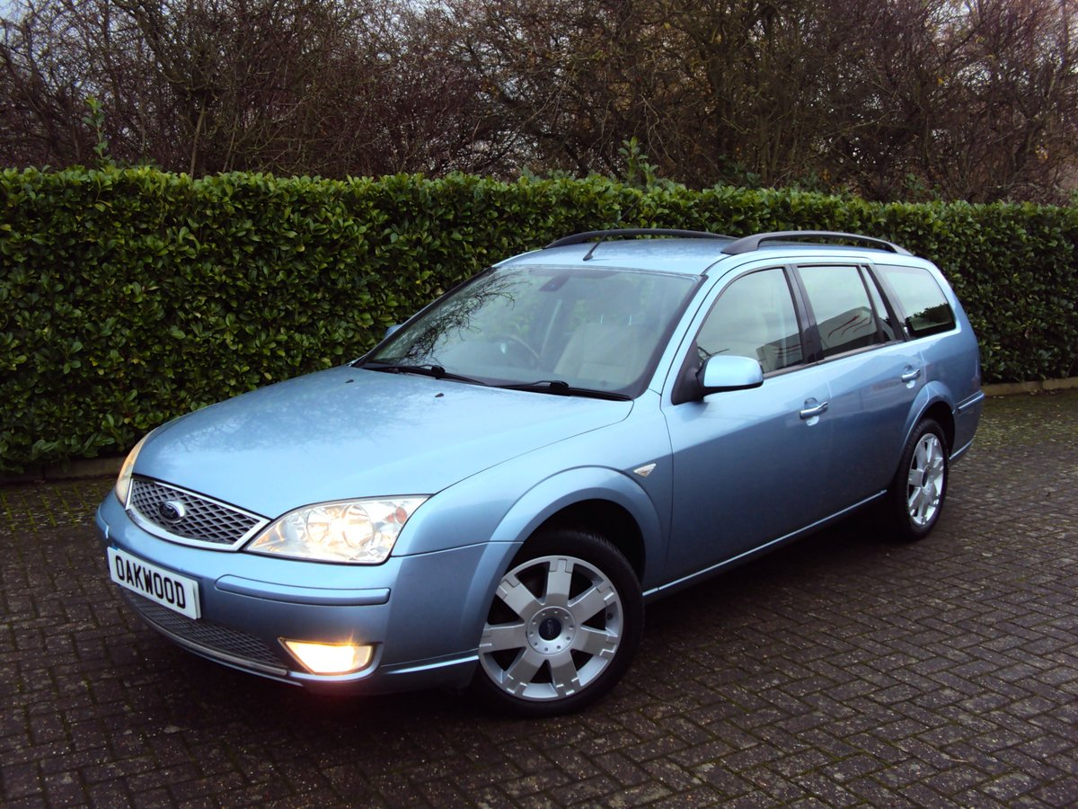 2005 A STUNNING & RARE Mondeo Ghia X Automatic Estate - FSH  For Sale (picture 1 of 6)