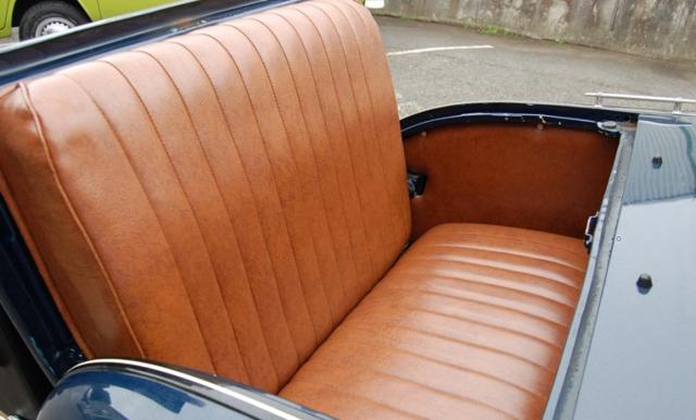 1930 Ford Model A de luxe Roadster SOLD (picture 4 of 6)
