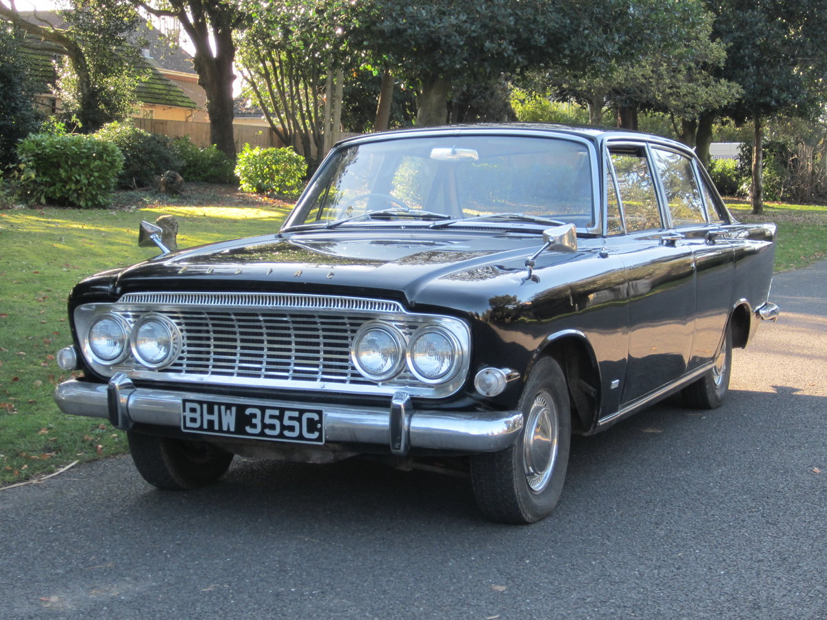 1965 Ford Zodiac Mk3 in Excellent Condition For Sale (picture 1 of 6)