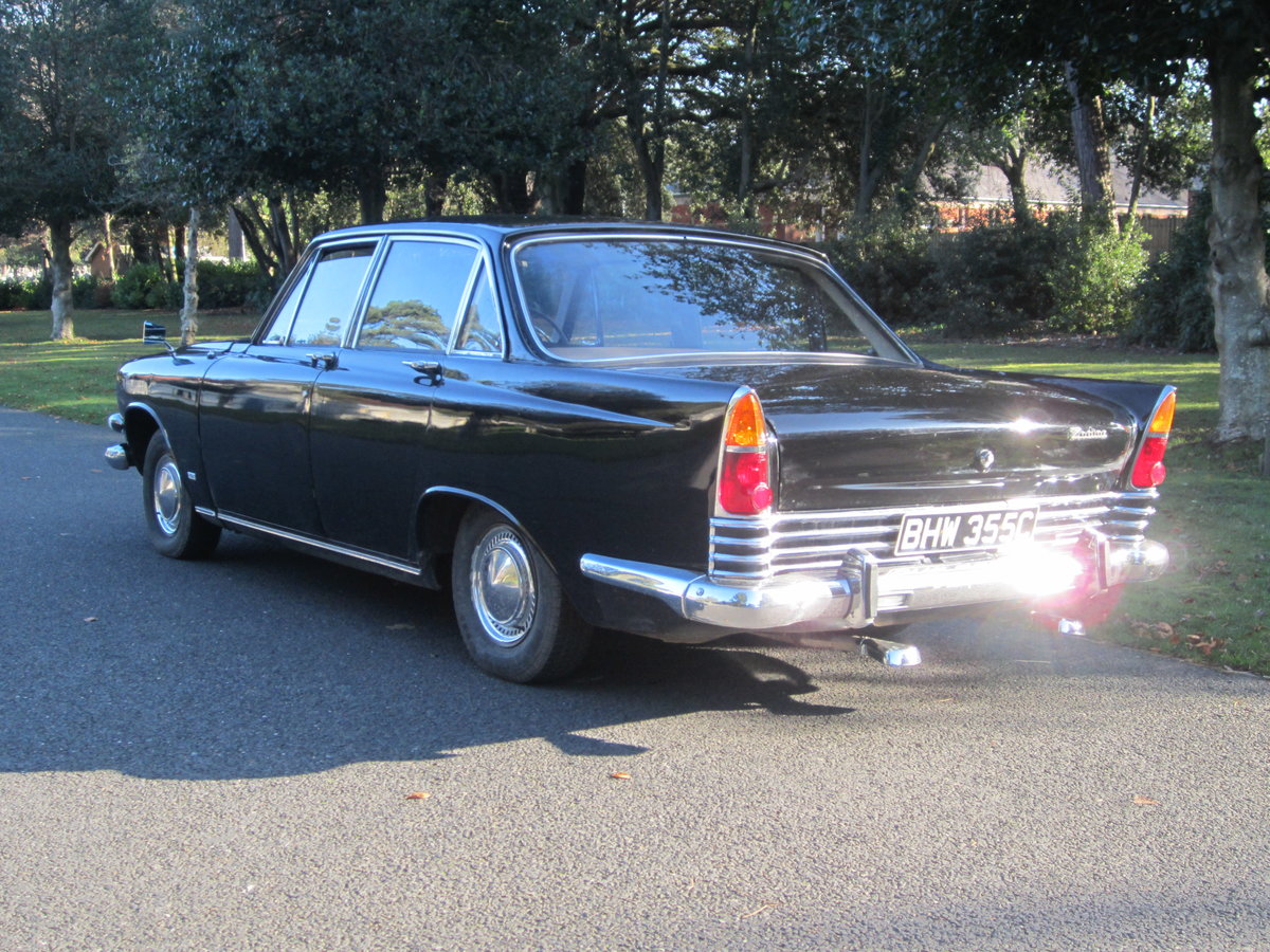 1965 Ford Zodiac Mk3 in Excellent Condition For Sale (picture 2 of 6)