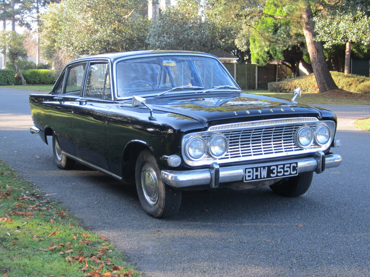 1965 Ford Zodiac Mk3 in Excellent Condition For Sale (picture 3 of 6)