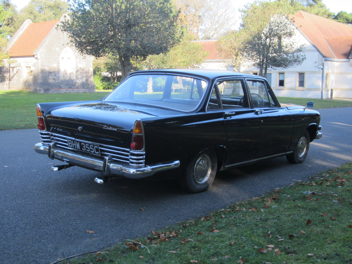 1965 Ford Zodiac Mk3 in Excellent Condition For Sale (picture 4 of 6)