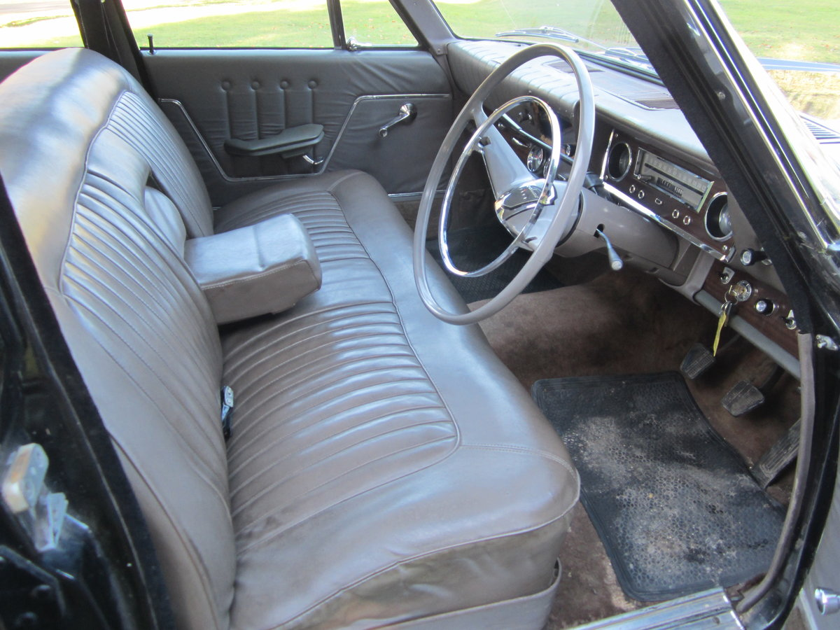 1965 Ford Zodiac Mk3 in Excellent Condition For Sale (picture 5 of 6)