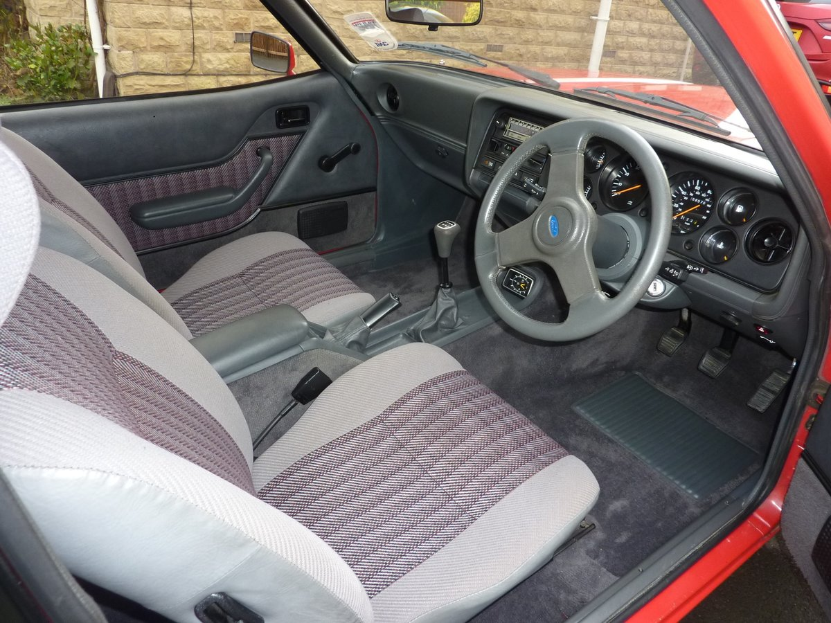 FORD CAPRI  2L LASER  [1986] 59000 MILES For Sale (picture 3 of 6)