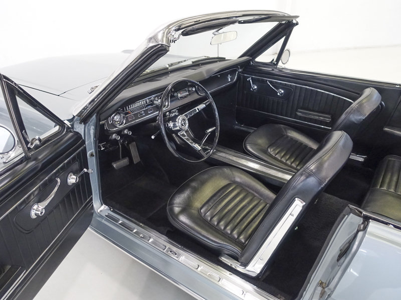 1965 Ford Mustang Convertible For Sale (picture 3 of 6)