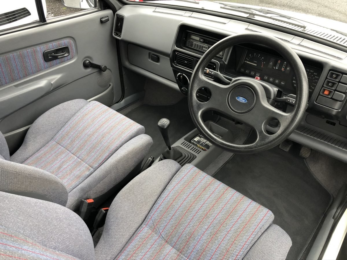 1988 Ford Fiesta 1.6 XR2 3dr *Completely Original* For Sale (picture 4 of 5)