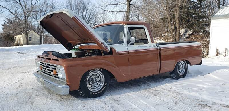 1963 Ford F100 Custom Cab Short Box For Sale (picture 1 of 6)