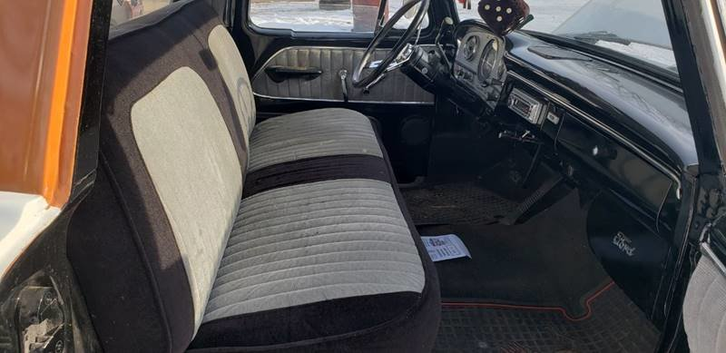 1963 Ford F100 Custom Cab Short Box For Sale (picture 5 of 6)