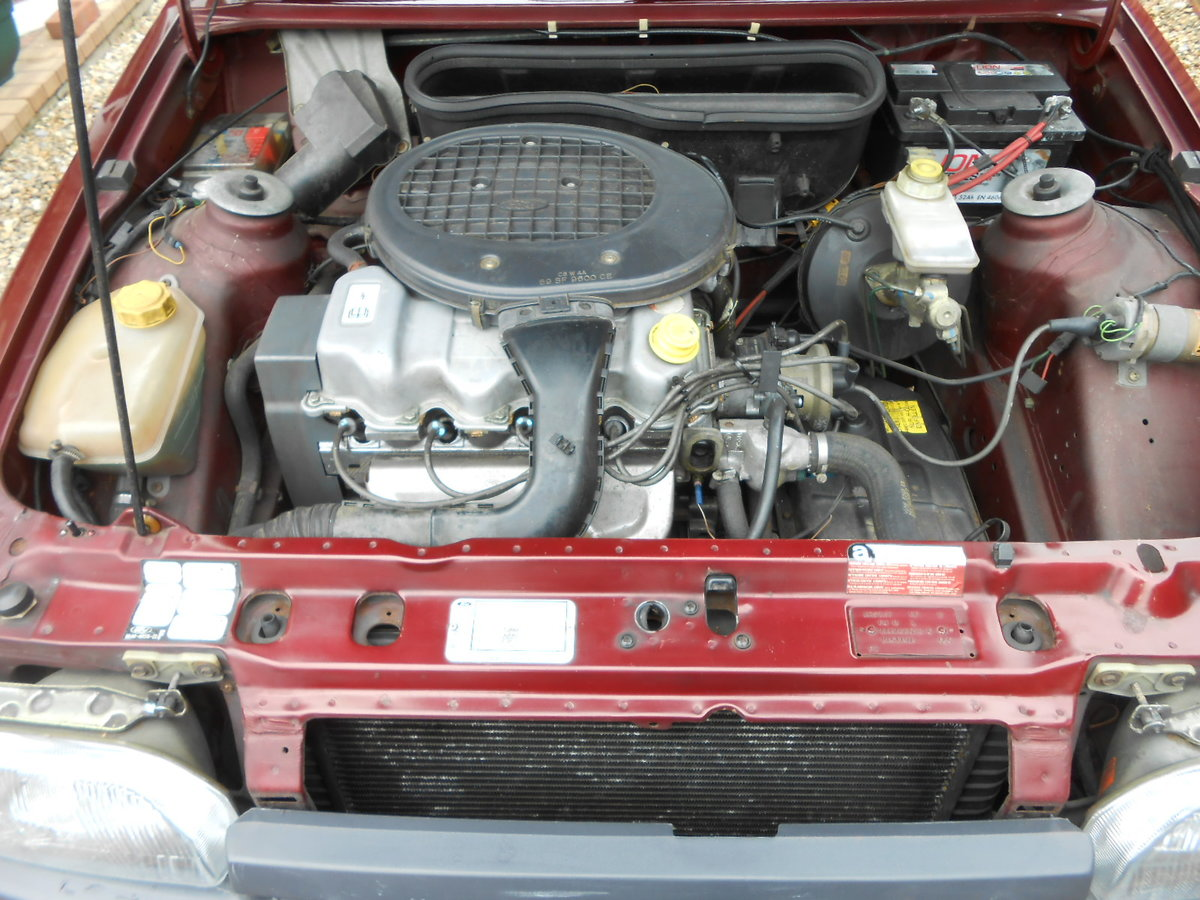 1990 Ford escort 1.6 ghia auto only 27,000 miles For Sale (picture 6 of 6)