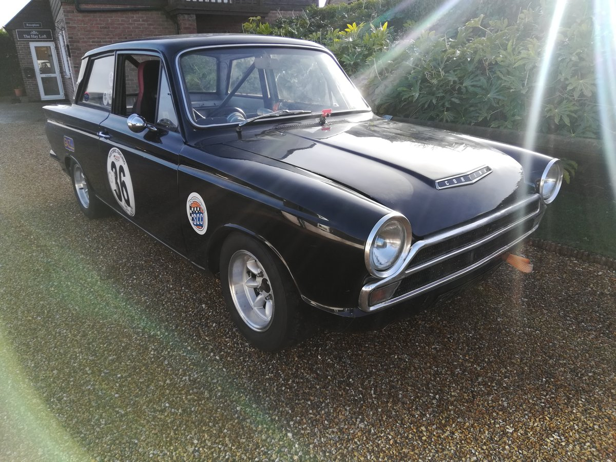 1966 Ford Cortina Mk1 - 2 Door - 1760cc All Steel Crossflow - SOLD (picture 4 of 6)