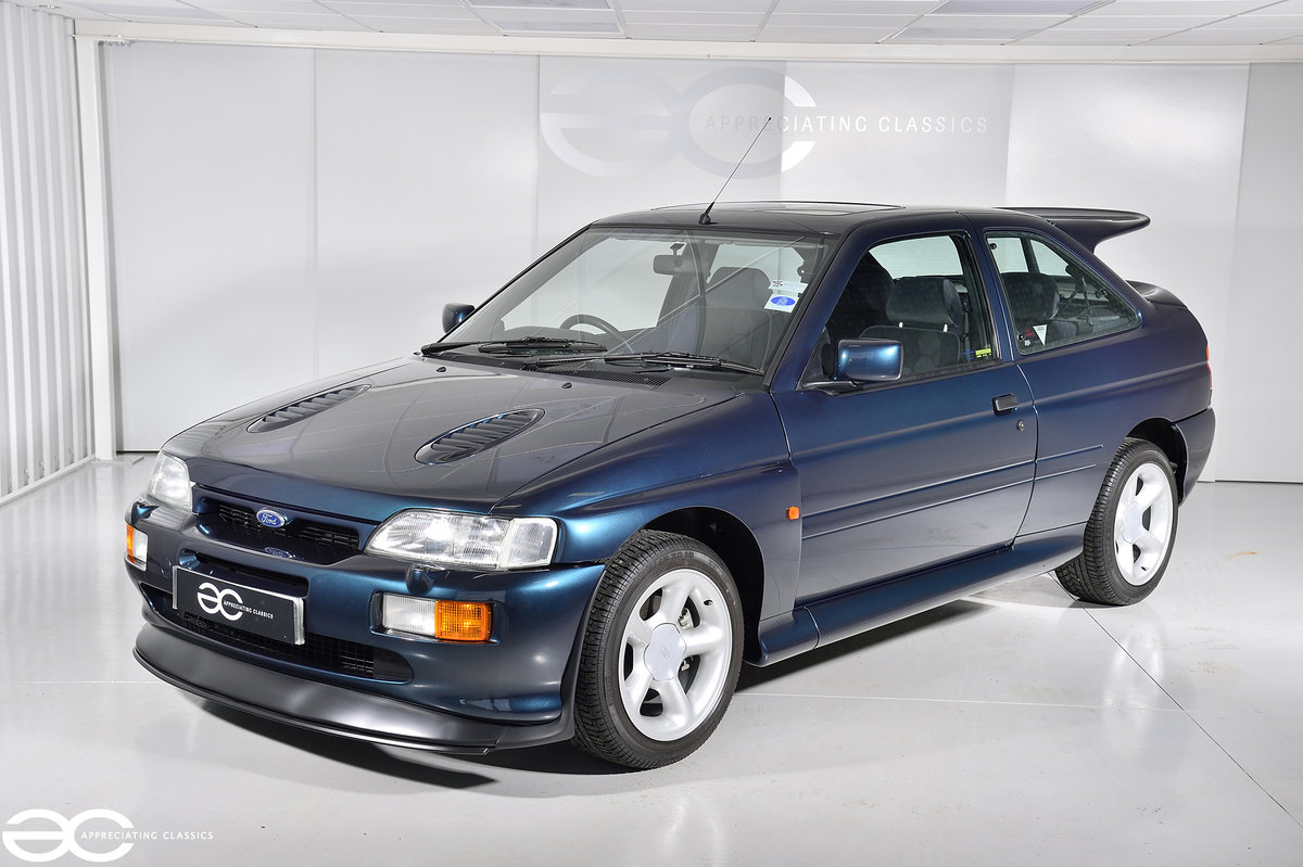 1993 Original Escort RS Cosworth - 2K Miles - Annual Ford History For Sale (picture 2 of 6)