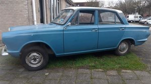 Cortina 4d Mk1, 1963 early model. Very solid