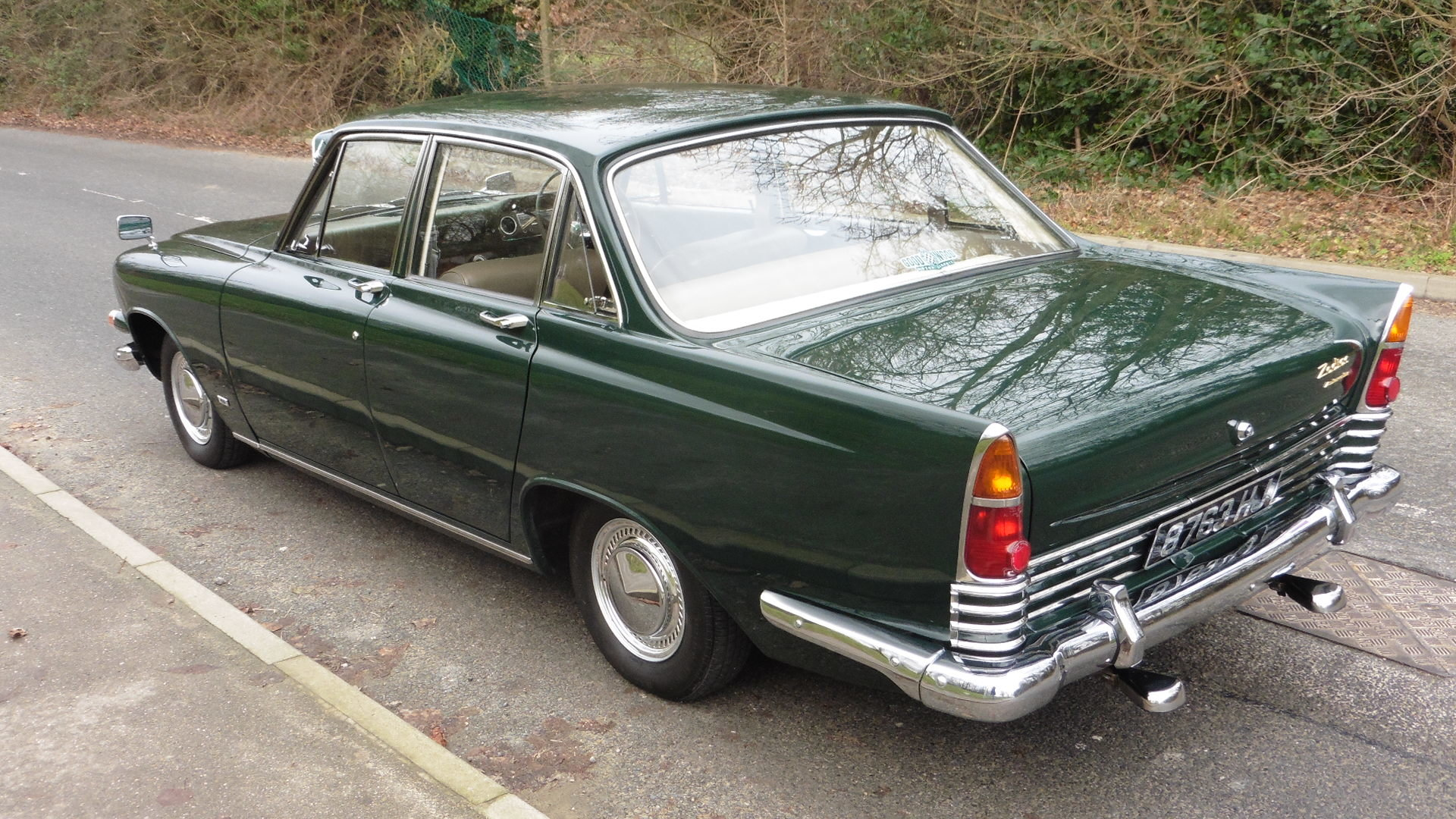 1963 Ford Zodiac MK3  Goodwood Green Just 49000 Miles Exceptional SOLD (picture 3 of 6)