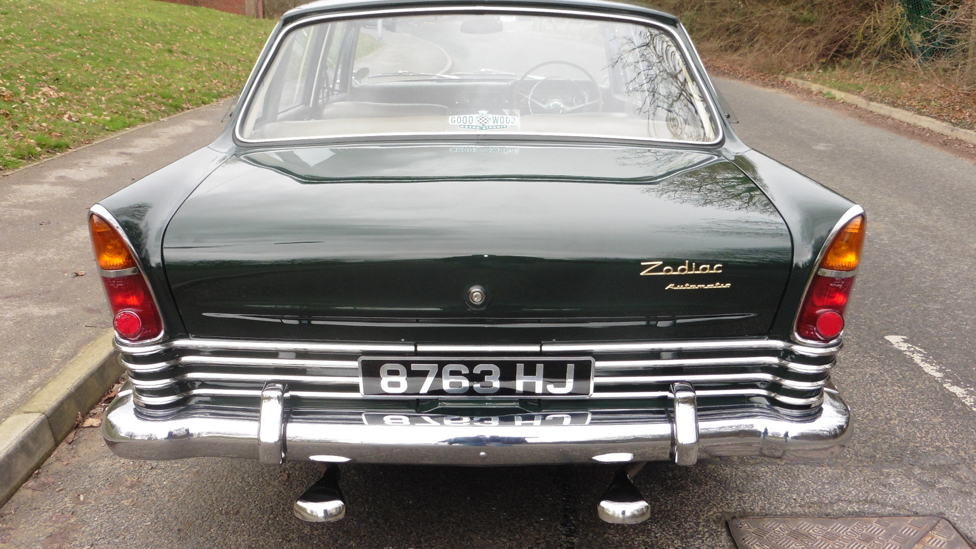 1963 Ford Zodiac MK3  Goodwood Green Just 49000 Miles Exceptional SOLD (picture 4 of 6)
