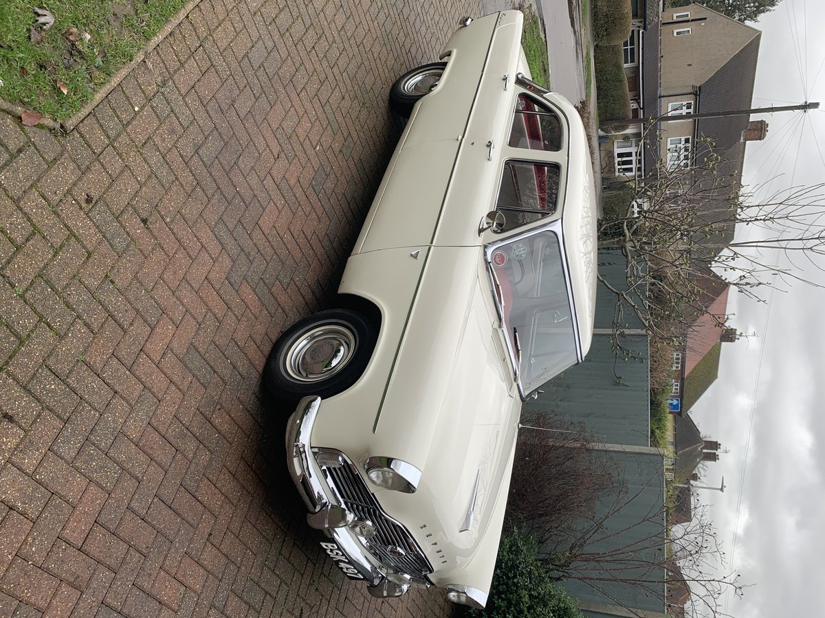 1960 Lowline Ford Zephyr with overdrive For Sale (picture 2 of 5)