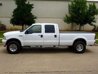 2006 Ford F250 Lariat Super Duty 4 wheel drive crew cab pick