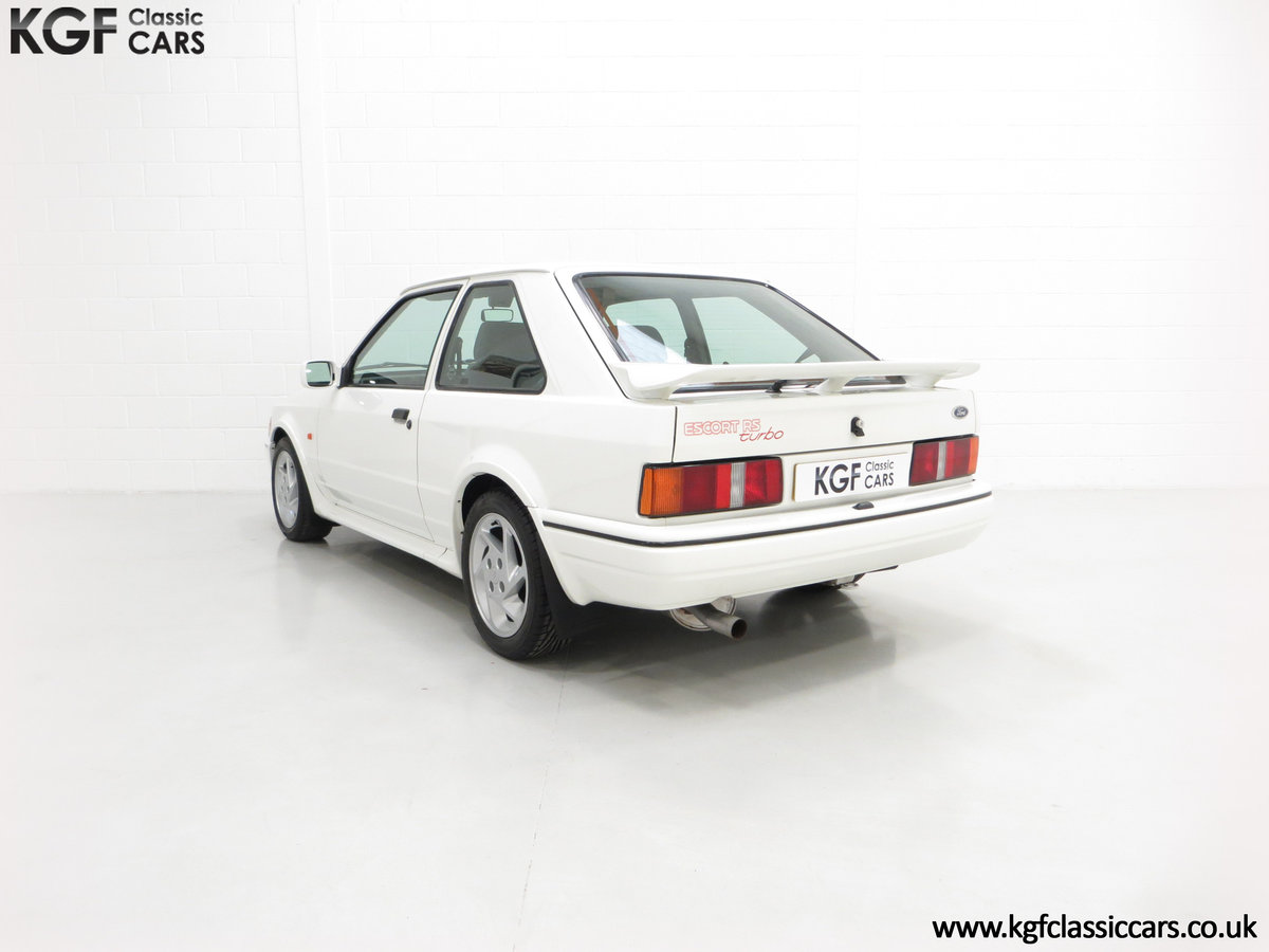 1990 A Stunning 90 Spec Ford Escort RS Turbo with 43,996 Miles For Sale (picture 4 of 6)