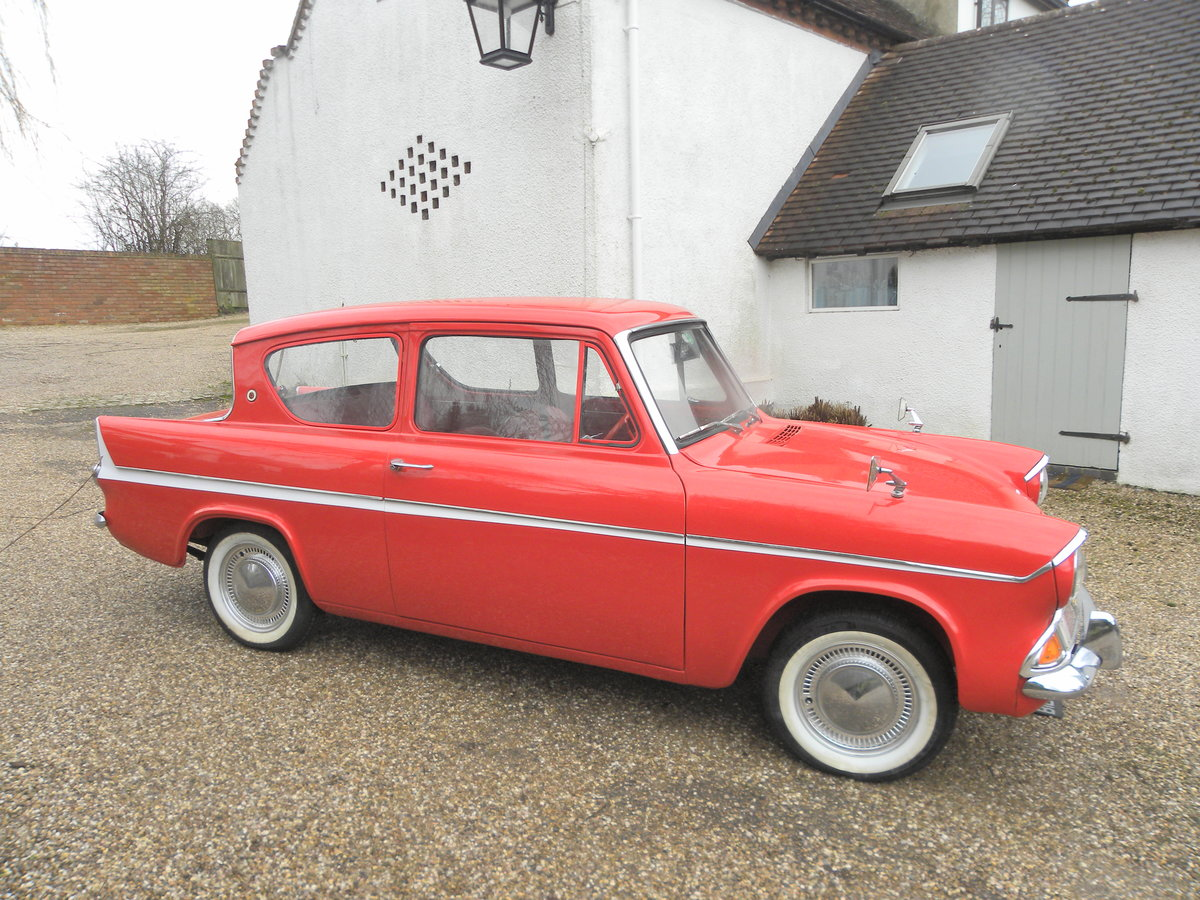 1966 FORD ANGLIA Deluxe 997cc 'AWARD WINNING For Sale (picture 1 of 6)