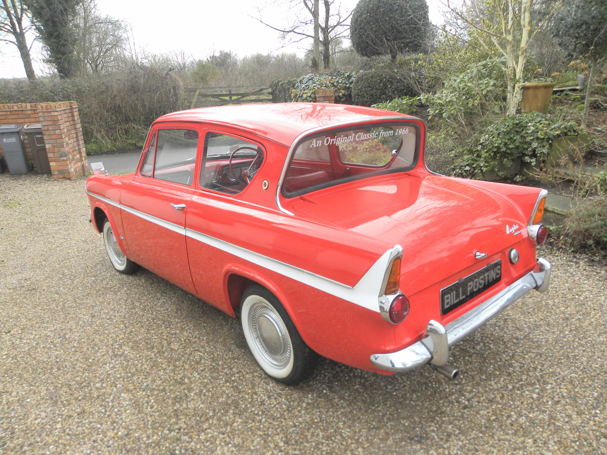 1966 FORD ANGLIA Deluxe 997cc 'AWARD WINNING For Sale (picture 2 of 6)