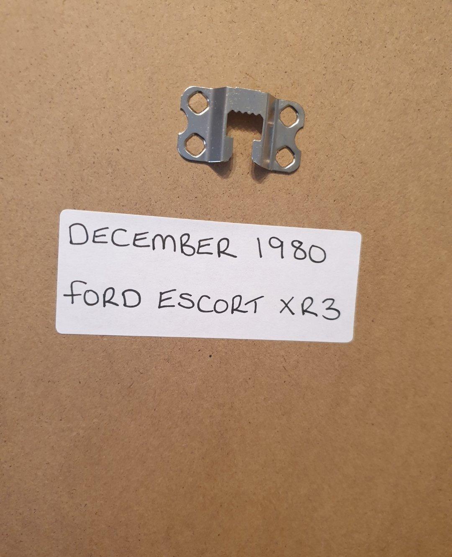 Ford Escort XR3 Framed Advert Original  For Sale (picture 2 of 2)