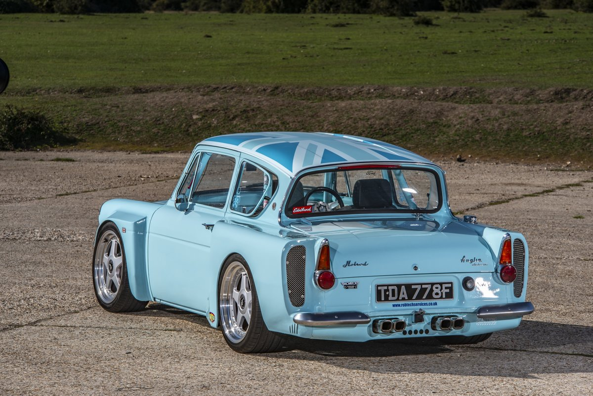 1968 Ford Anglia 105E V8, bespoke one off hot rod For Sale (picture 2 of 6)