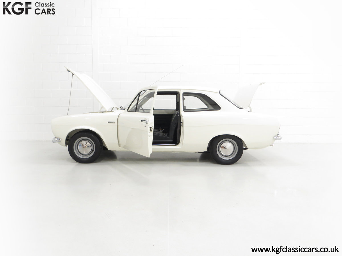 1971 An AVO Club National Day Winning Mk1 Ford Escort Twin Cam SOLD (picture 3 of 6)