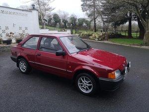 1990 Ford escort