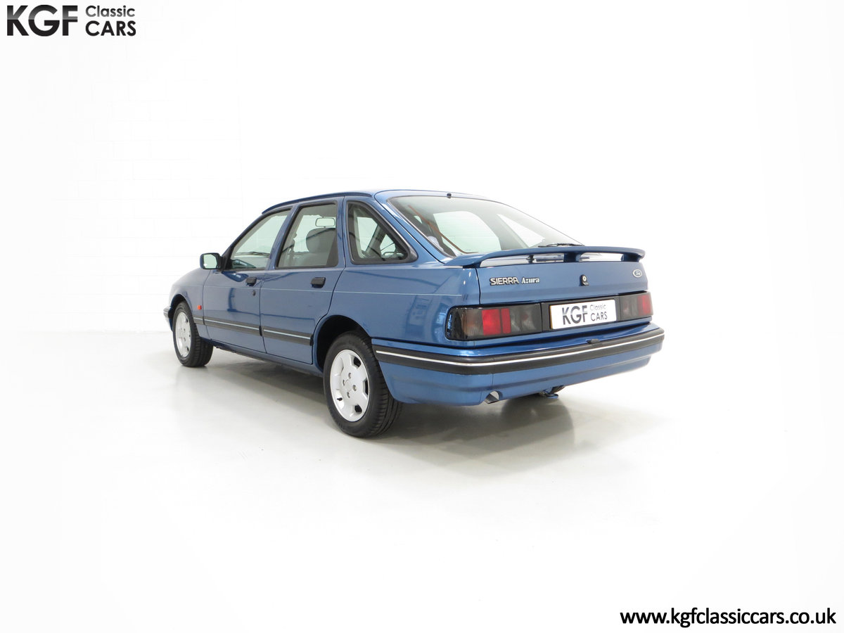1992 A Final limited-Edition Ford Sierra Azura 1.8 37,479 Miles For Sale (picture 4 of 6)