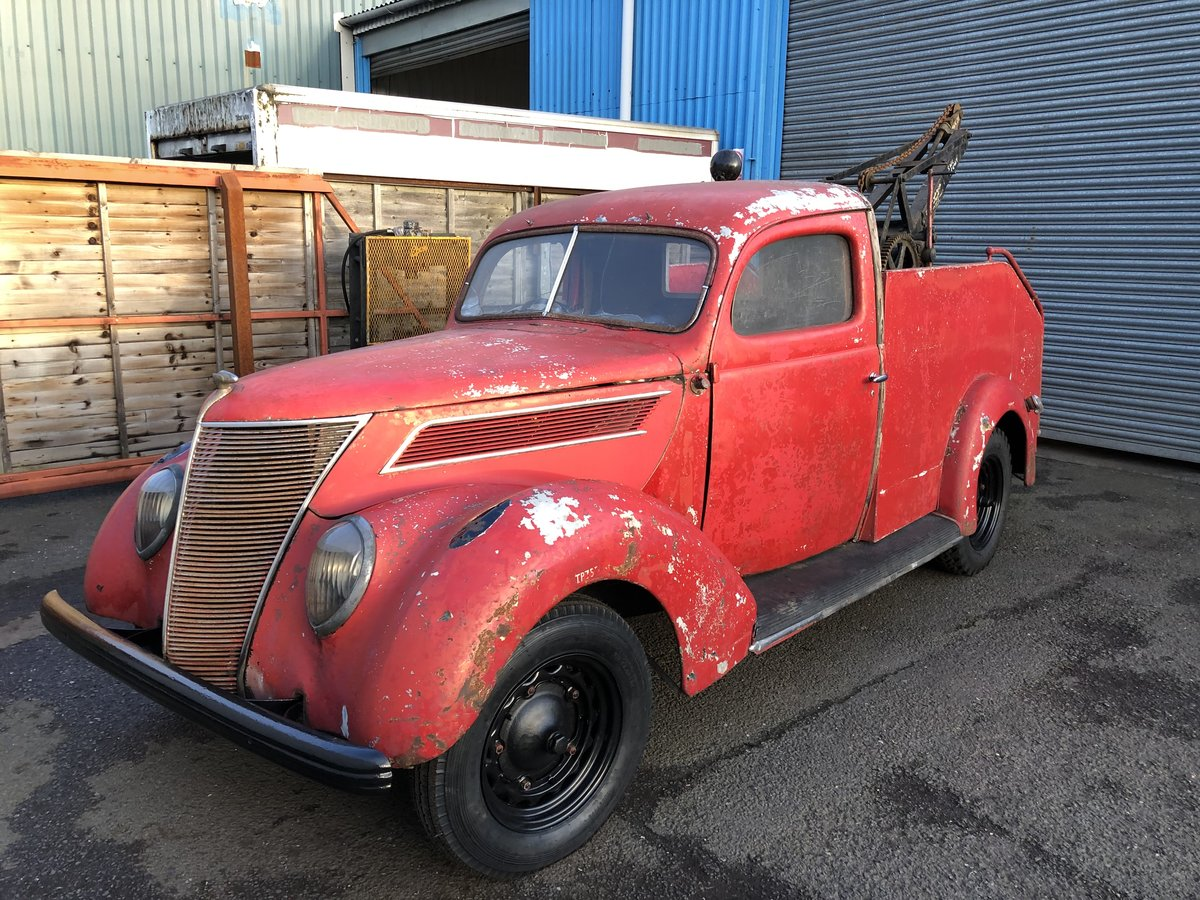 1937 Ford Recovery , Wrecker For Sale (picture 1 of 6)