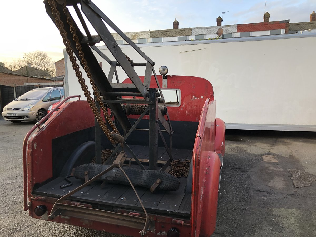 1937 Ford Recovery , Wrecker For Sale (picture 4 of 6)