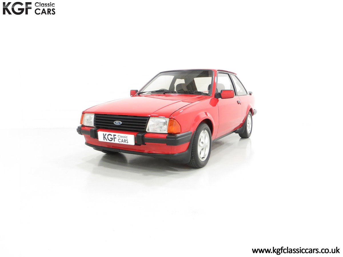 1985 An award-winning late Ford Escort Mk3 XR3i in rare Rosso Red SOLD (picture 2 of 6)
