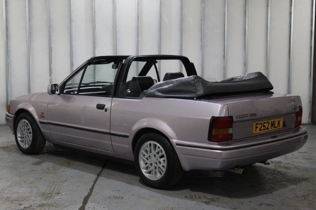 1989 Ford Escort XR3i Cabriolet Special Edition For Sale (picture 6 of 6)