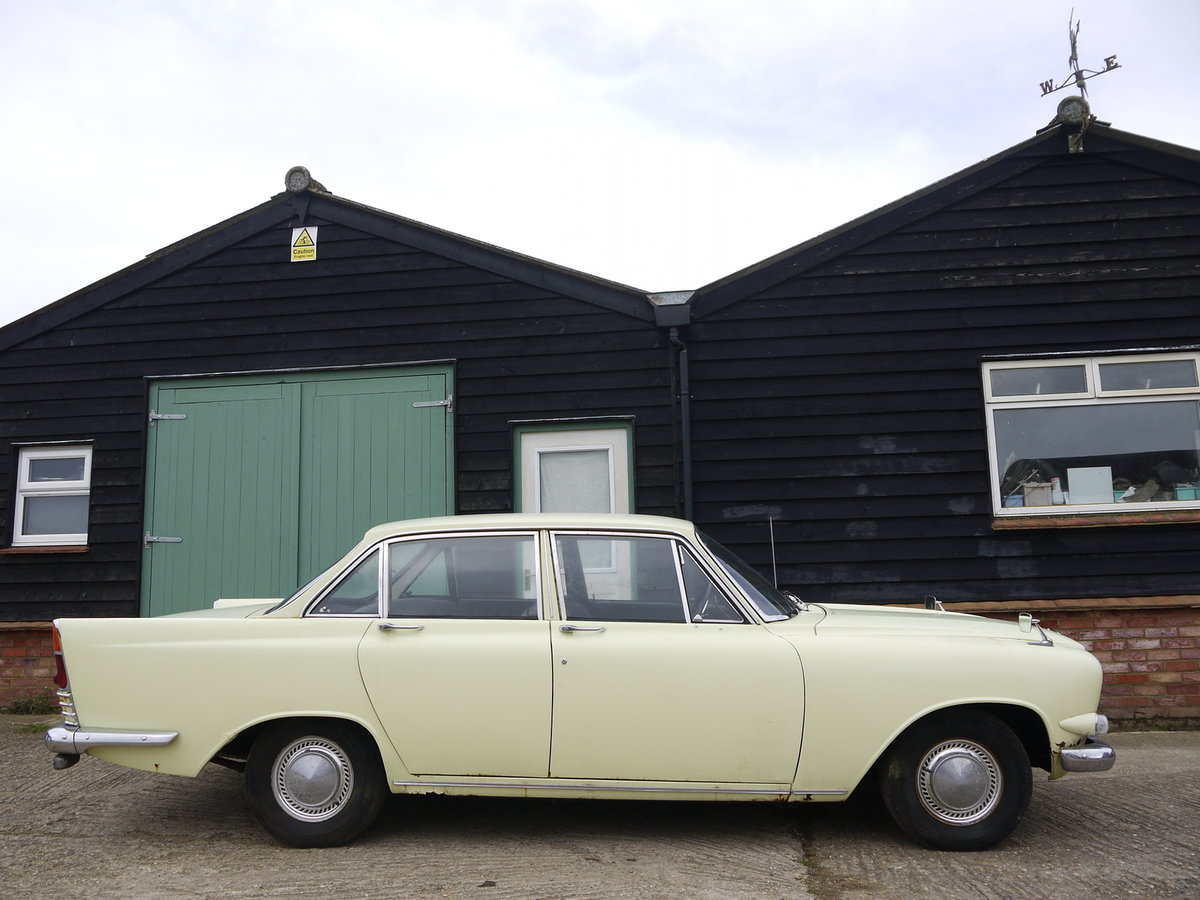 1963 FORD ZODIAC MK3 PROJECT - RARE MODEL VALUABLE REGISTRATION!! SOLD (picture 2 of 6)