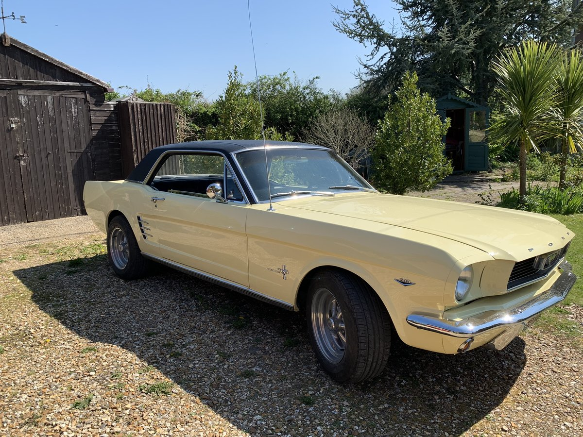1966 FORD Mustang Coupe Springtime Yellow V8  For Sale (picture 1 of 6)