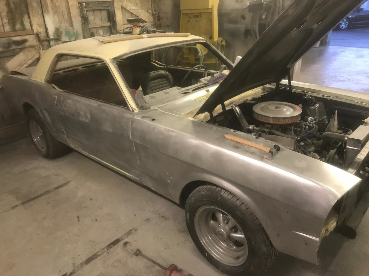 1966 FORD Mustang Coupe Springtime Yellow V8  For Sale (picture 4 of 6)