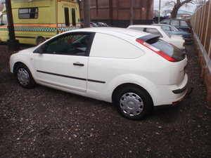 2006 Rare Ford Focus Van, mot, drives mint, mint inside