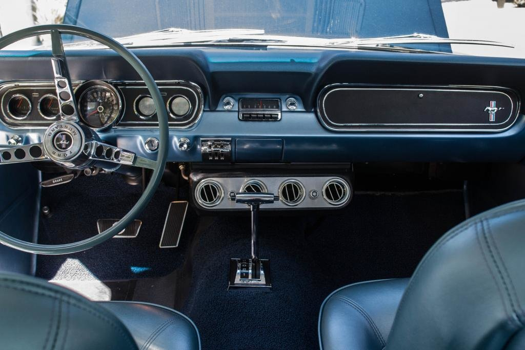 1966 Ford mustang V8 289. Nightmist blue. For Sale (picture 5 of 6)